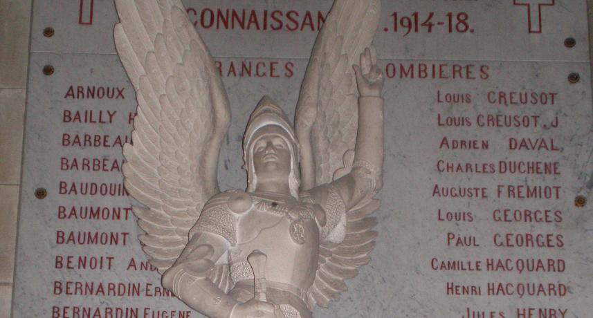 Statue de l'Archange St. Michel église de Plombières